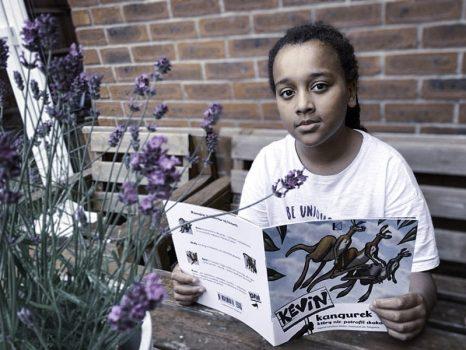 kevin-the-kangaroo-girl-reading